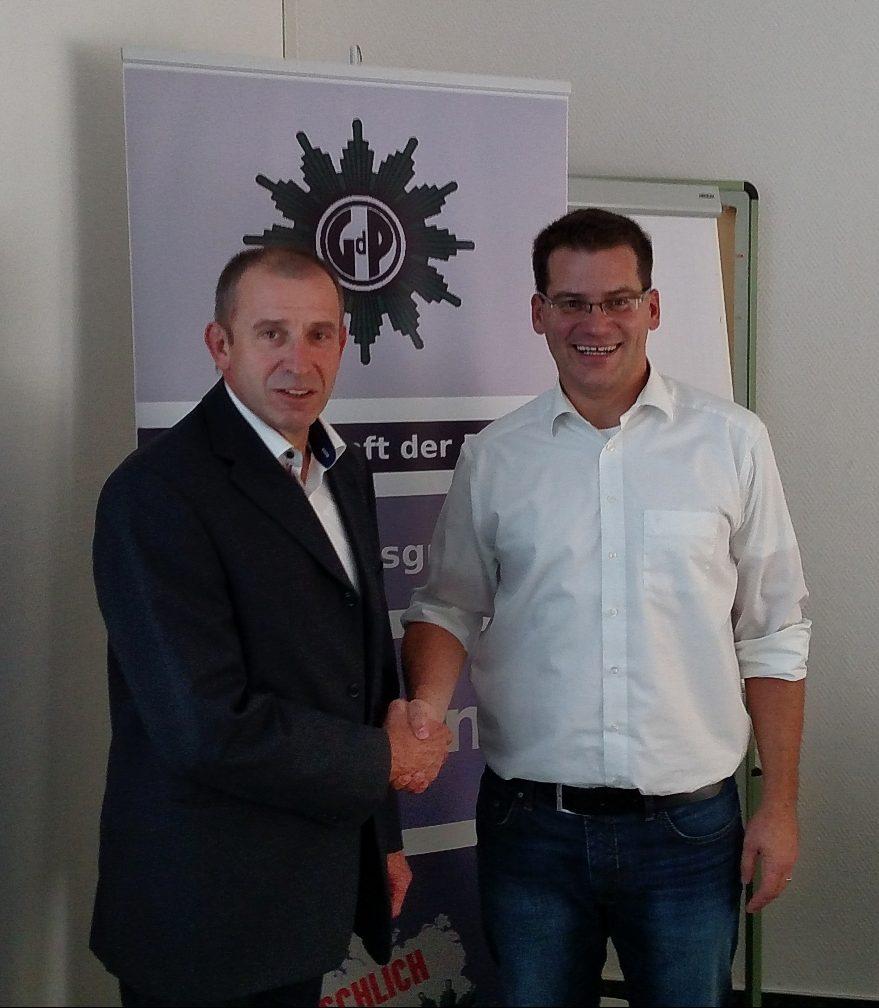 Hans-Gerd Müller mit Thomas Bühler rechts)